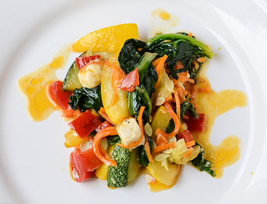 Овочеве рагу зі шпинатом