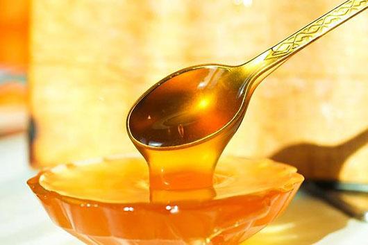 Як правильно вживати мед