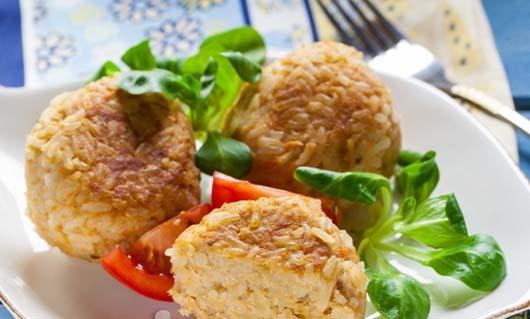 Їжачки рибні з капустою