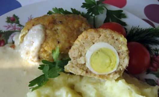 Зрази з кальмарів з начинкою з яйця